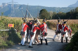 Vourey en Isère. Une troupe napoléonienne affronte l'ennemi