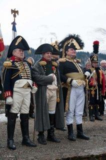 Laffrey. Commémoration du 7 mars à la prairie de la rencontre. Napoléon et ses généraux