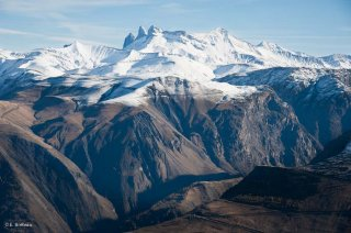 Le plateau d'Emparis et les Aiguilles d'Arves en arrière plan