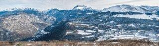 Les crêtes de Chamrousse, la Vallée de la Romanche et le plateau matheysin