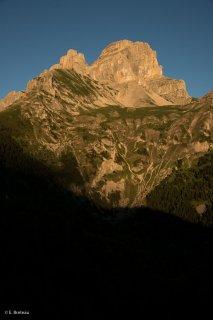 L'Obiou vu depuis le parking de la voie normale. Isère