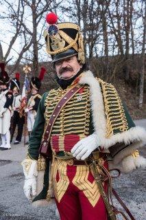 Hussard de l'armée napoléonienne. Reconstitution historique à la Prairie de la Rencontre à Laffrey (Isère).