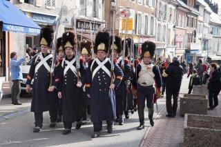 Défilé des soldats napoléoniens à La Mure (Isère). Reconstitution du bicentenaire de la prairie de la rencontre à Laffrey. 7 mars 2015