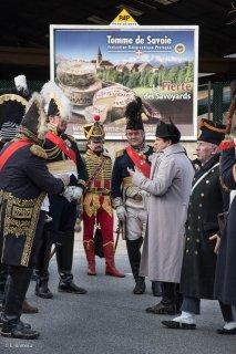 Vizille (Isère). Reconstitution historique pour le bicentenaire de la remontée de Napoléon et de sa troupe de l'Ile d'Elbe.