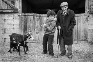 Le grand-père et son petit-fils à Mens. Mars 2015