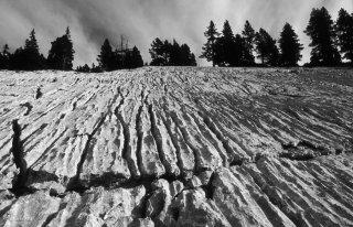 Lapiaz. Erosion de la roche calcaire