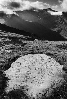 Long texte gravé par un berger en Ubaye