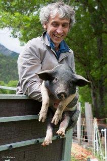 Eric Vallier, éleveur de porc bio à Chichilianne