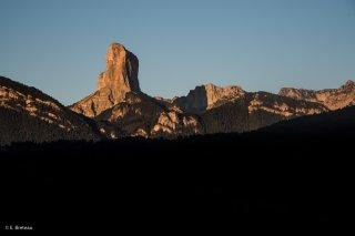 Lever de soleil sur le Mont-Aiguille