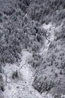 Ruisseau au pied du Châtel. Trièves, Isère
