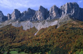 Les falaises du Vercors au dessus de Saint-Andéol